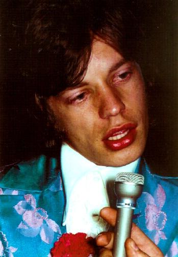 http://www.rollingstonesnet.com/images/MickJagger_1967.jpg
